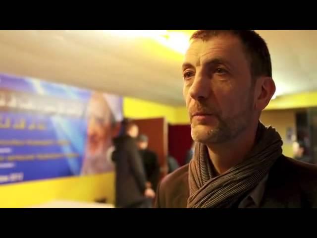 Interview avec Francois Clarinval qui parle de L'Imam Abdessalam Yassine